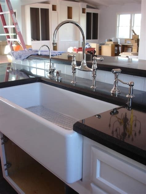 tips for choosing a new kitchen sink modernize