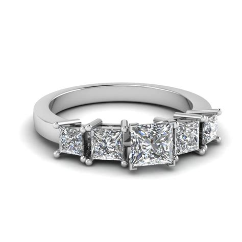 five engagement ring in 14k white gold