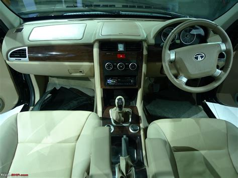 Tata Safari Storme Top Model Interior by Tata Safari Storme Auto Expo 2012 Team Bhp