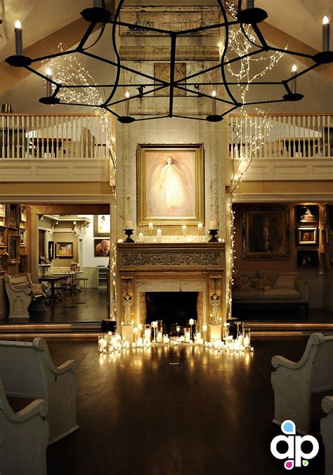 Lights Around Fireplace by Lots Of Candles And Lights Around The Fireplace Wedding