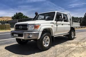 Toyota Landcruser 2016 Toyota Land Cruiser Review And Rating Motor Trend
