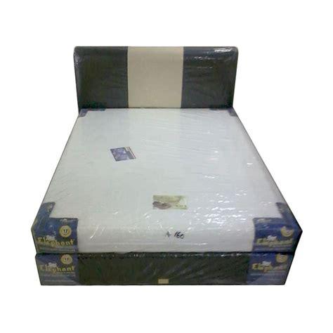Bed Comforta Ukuran 160x200 jual elephant amadea foam hb monaco hitam krem set bed 160 x 200 cm harga