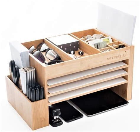 Desk Accessories Australia Best 25 Desk Caddy Ideas On School Supply Caddy Table Caddy And Homework Caddy