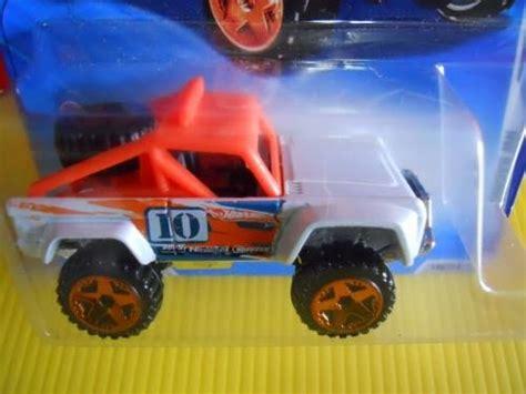 Hotwheels Custom Ford Bronco Oranye wheels 2010 149 custom ford bronco white orange