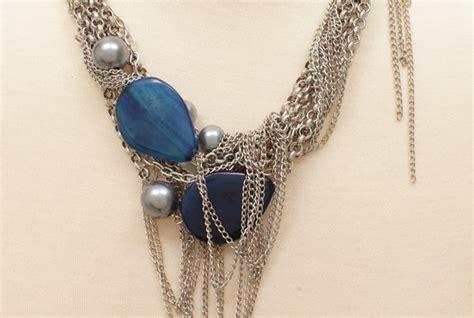 Kalung Mewah Isi 3 kalung koleksi dari pierabymyra ini akan memberikan kesan mewah pada penilan anda kalung