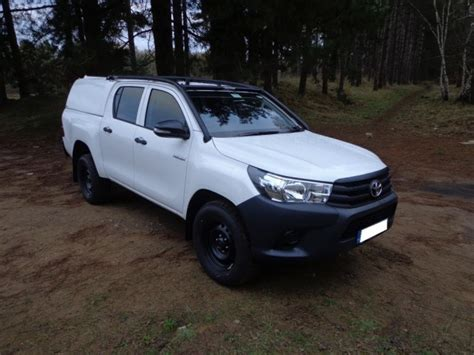 Toyota Hilux Roll Cage Toyota Hilux M70 M80 Cab Multi Point Bolt