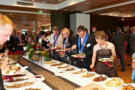 table service definition hotel managemt buffet service