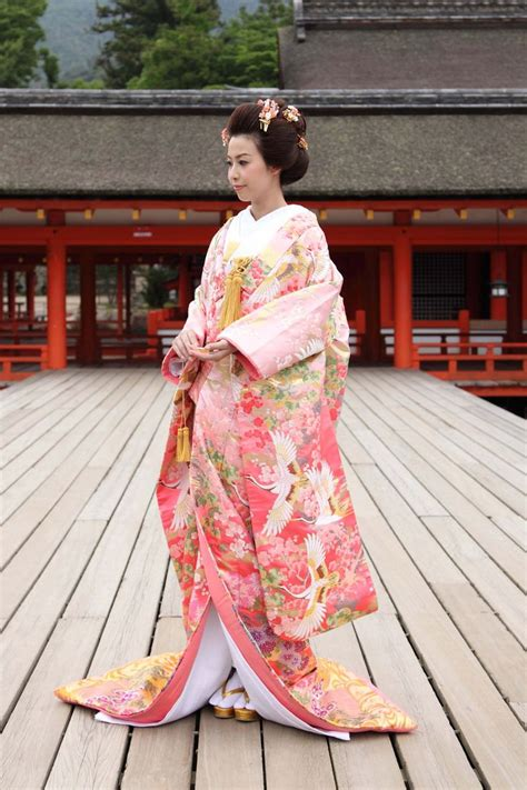 L 876 Beautifull Flower Kimono 1 203 best beautiful japanese kimono hanfu images