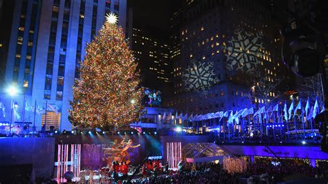 restaurant with view of christmas tree at rockefeller facts about the rockefeller center tree of 2018 martha stewart