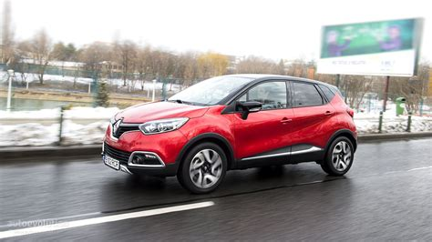renault captur 2015 renault captur review autoevolution