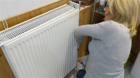 How To Clean Covers by Jan Shows How To Remove Radiator Covers To Clean The Dust