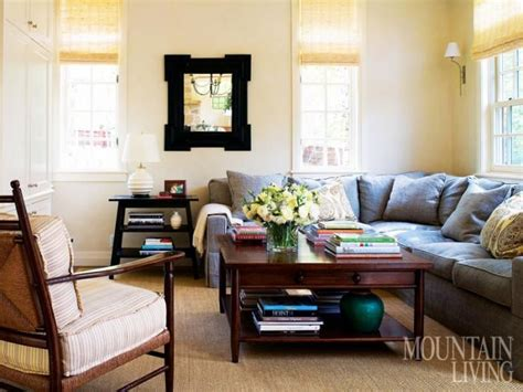 Sofa Vibe Magazine by Fibers Add Texture And A Casual Vibe To The Family Room Linen By Jasper Fabrics Covers