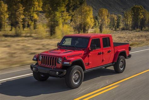 Jeep Jt 2020 by 2020 Jeep Gladiator Pairs Wrangler Style With Go
