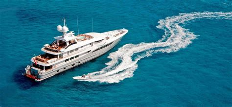 yacht rock boat cruise plan your best boat party cruise experience in goa we ve