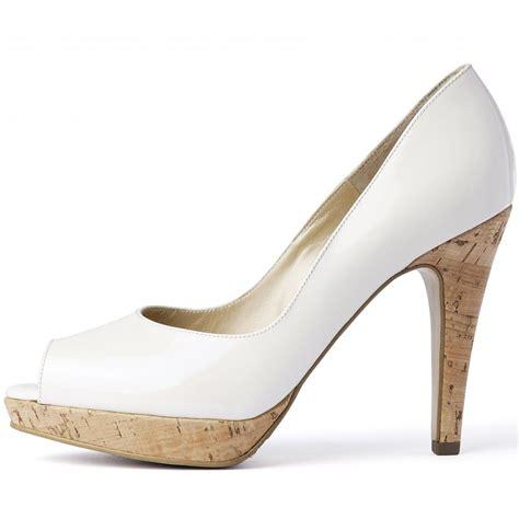 kaiser patu high heel peep toe shoes in white