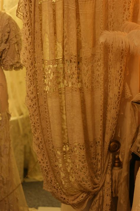 Antique Lace Curtains 17 Best Images About Cottage Curtains On Lace Cotton Linen And Baby Rooms