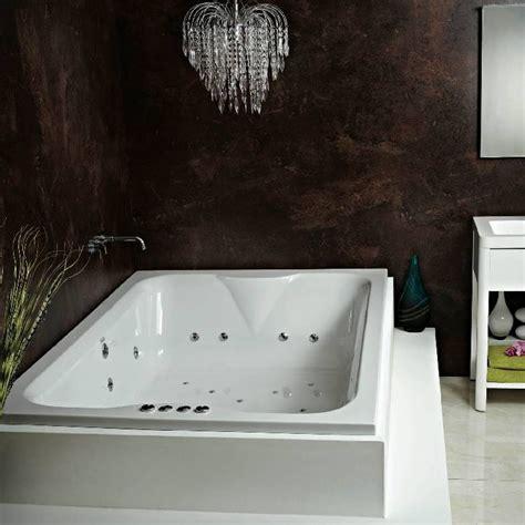 spa bathtub whirlpool baths standard widths extra wide uk bathrooms