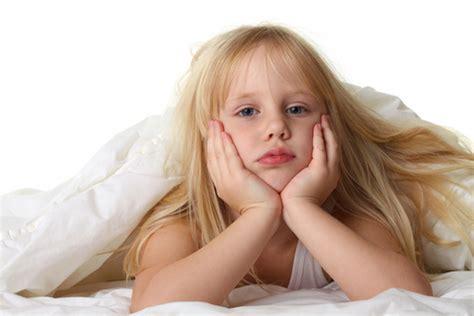 pipi a letto 5 anni se fa pip 236 a letto dopo i cinque anni guida genitori
