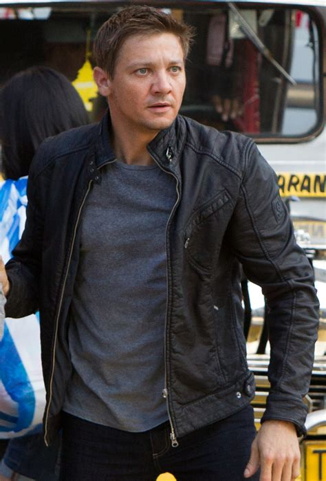 Aaron Cross?s Biker Jacket in The Bourne Legacy   BAMF Style