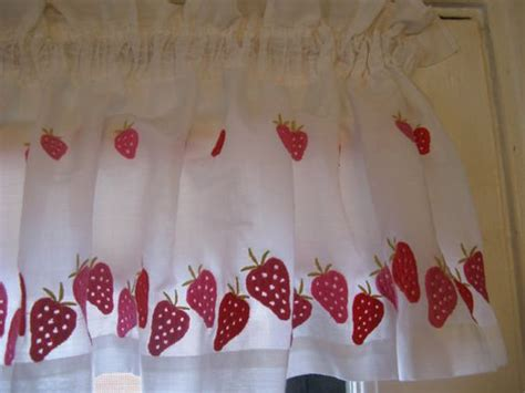 strawberry curtains 70s embroidered strawberry curtains by sears 2 valances