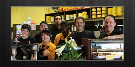 nestle toll house franchise cost nestle toll house cookie caf 233 franchise info franchiseopportunities com