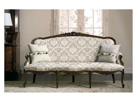 luxury classic sofa sofa of small dimensions in carved walnut solid wood