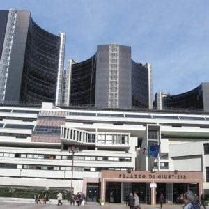 ufficio tecnico comune di bologna corruzione arrestato capo ufficio tecnico comune