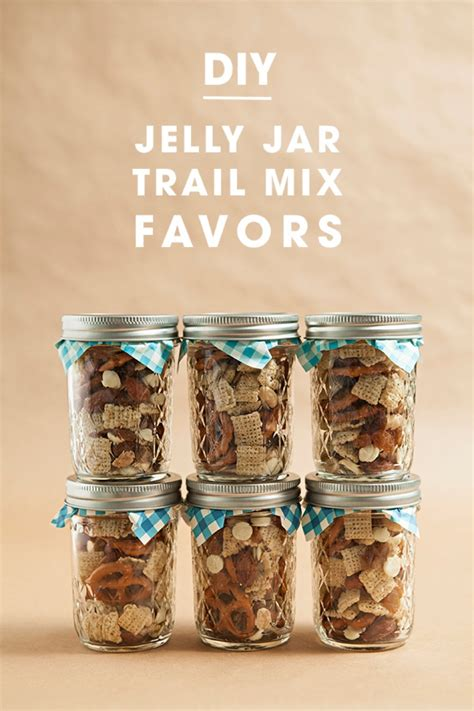 Wedding Gift Jars by Make Your Own Jar Trail Mix Wedding Favors