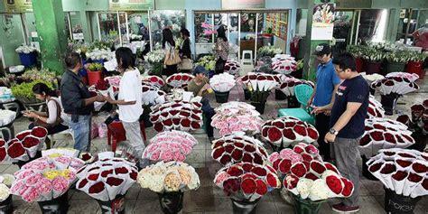 Benih Mawar Blossom Import Murah Harga Grosir mawar merah masih primadona di hari jual blossom motif bunga harga murah jakarta