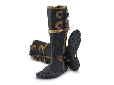 vibram women boots womens carezza vibram