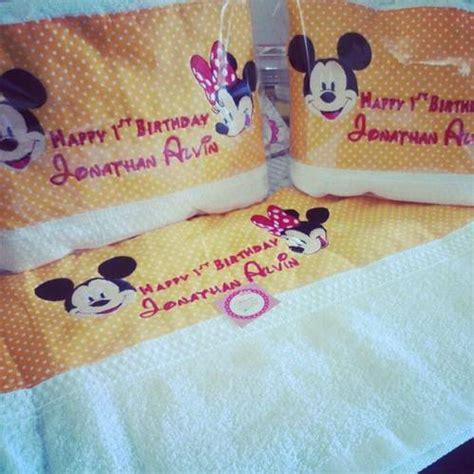 Suvenir Handuk Bordir Nama souvenir handuk bordir nama dan gambar produsen souvenir