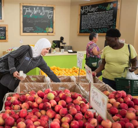 Daily Table Grocery Store by A Healthcare Initiative Disguised As A Grocery Store