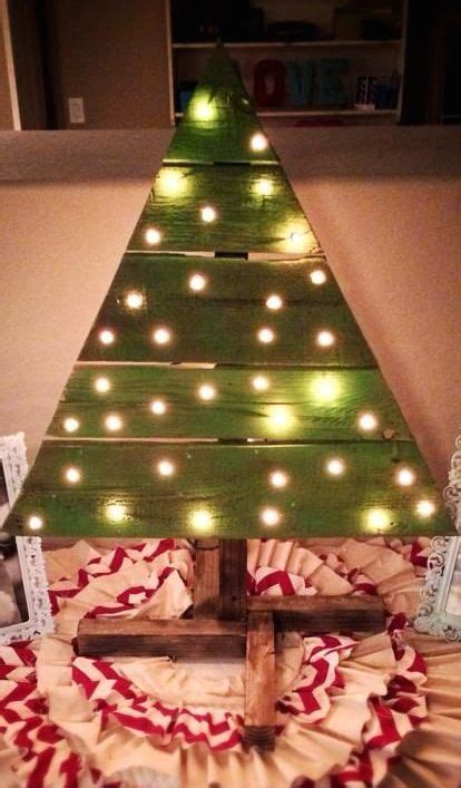 pinterest christmas made out of tulldecorating ideas 17 best images about wood ideas on pumpkins door projects and pallet chair