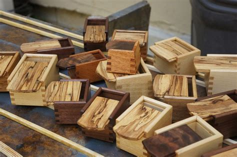 pin  michael hart  woodworking bandsaw box wooden
