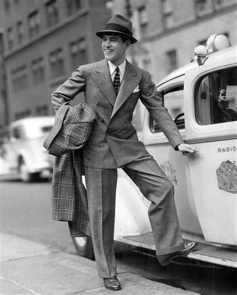 1940s fashion suit button up jacket pant suit
