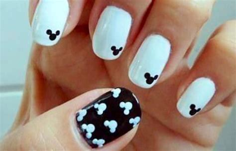 imagenes de uñas oscuras decoradas u 241 as decoradas color blanco