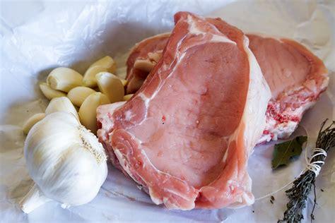 cuisiner une cote de veau recettes de veau par chef simon manchonner une c 244 te de