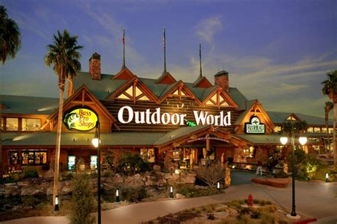cabelas fort myers breaking bass pro shops acquiring cabela s the