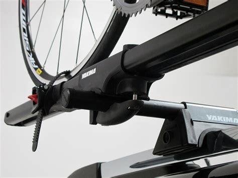 Bmw Bike Rack by 2015 Bmw X5 Yakima Forklift Roof Mounted Bike Carrier