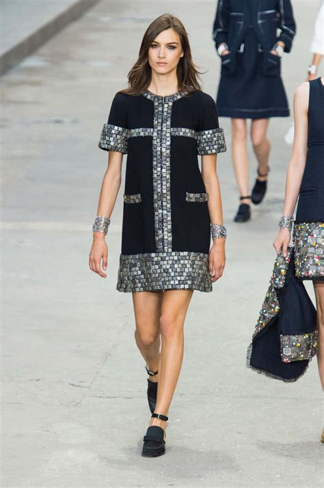 latest summer styles and fashion trends harpers bazaar chanel spring summer 15 at paris fashion week harper s