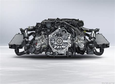 Porsche Boxermotor by What Makes The Porsche Boxer Engine Tick Watch The Video
