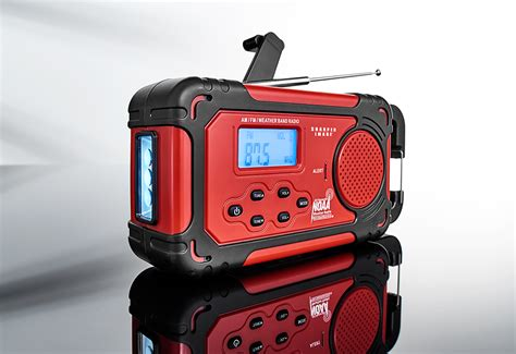 Lu Emergency Solar emergency solar crank radio sharper image