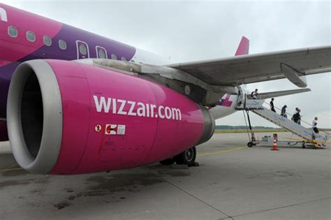 large cabin baggage wizzair wizz air charges passengers for large luggage aol