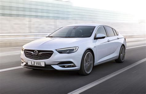 2018 Holden Ng Commodore Revealed With 2017 Opel Insignia