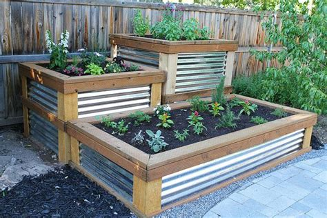 Raised Planter Boxes Lowes by Best 25 Raised Planter Boxes Ideas On Planter