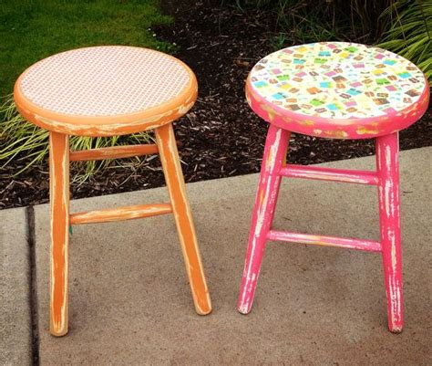 Decoupage Stool - 13 best images about decoupage stool on fabric