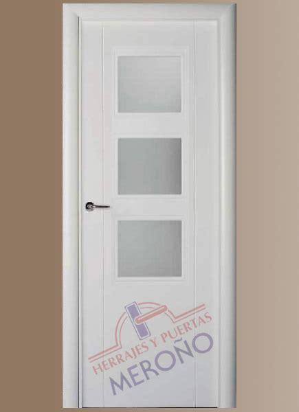 puertas blancas interior puertas lacadas blancas en interiores mod 8200