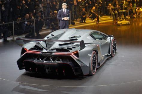 Lamborghini Venon by Lamborghini Spits Fiery Venom With The Veneno