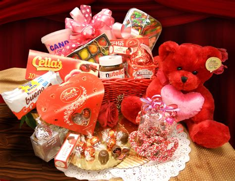 valentines gift baskets him be my on feb 15th student rag