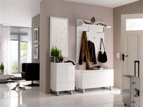 wohnraumtüren wand farbig streichen grau